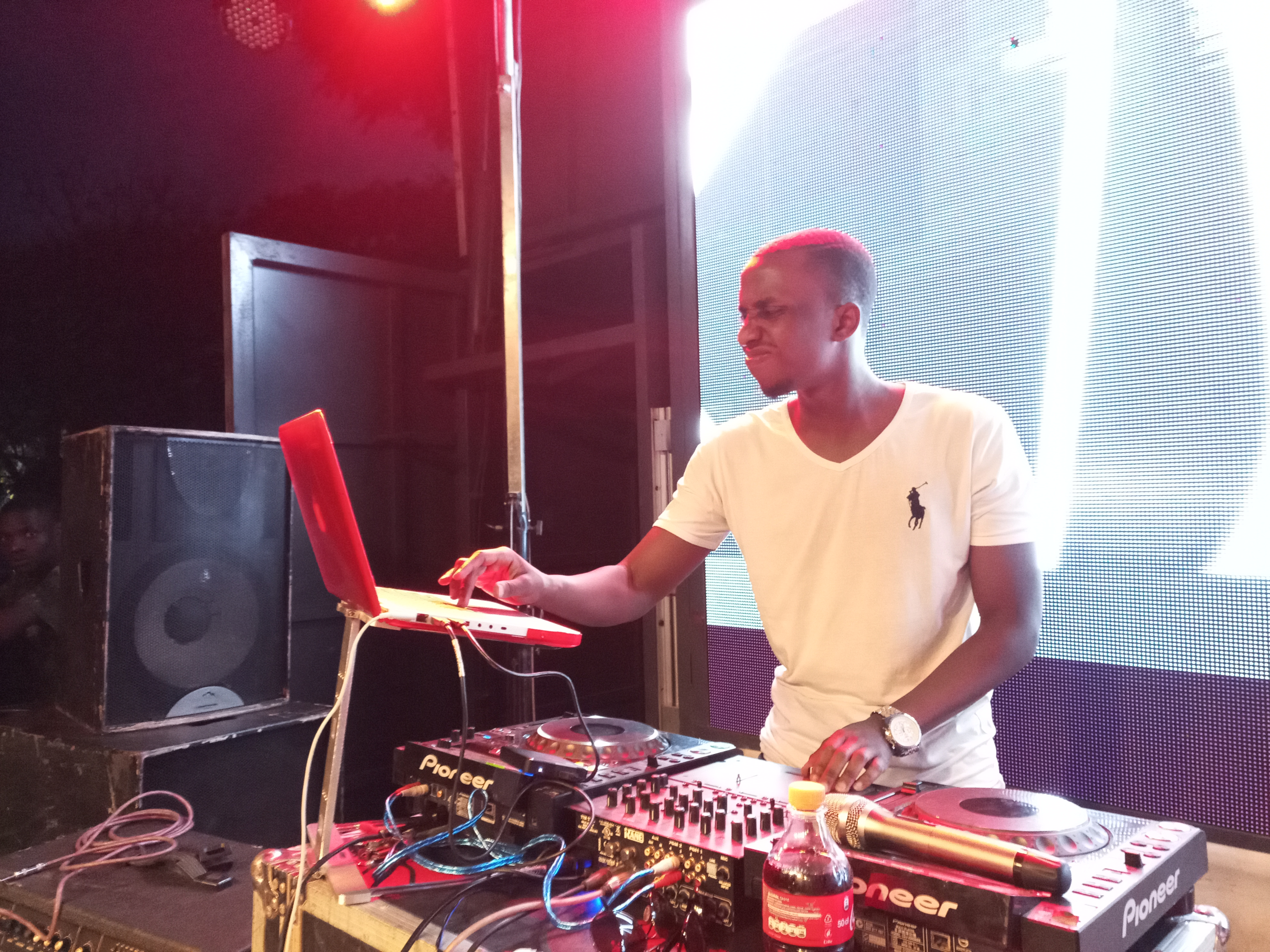 Located in Kimihurura (former Ogopogo), the spot is hoped to be the city's spot for trends and sheer entertainment for the Dream Team Deejays and suprise guest Deejays and Artists.