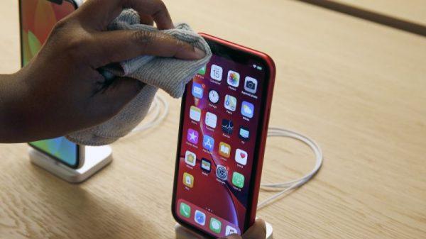 Clean your phone to avoid Coronavirus